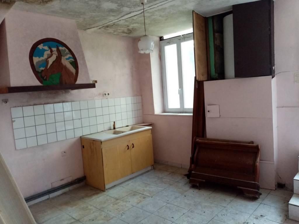 Maison de village rénovée + maison à rénover