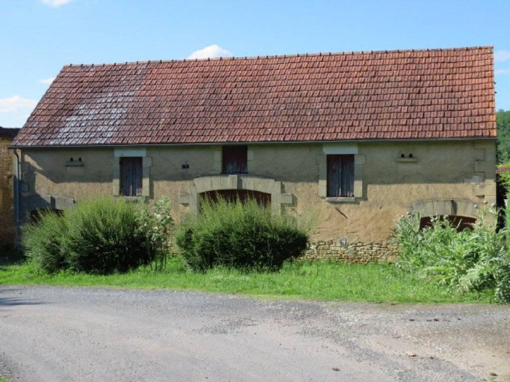 Une grange en très bon état à vendre proche de St ...