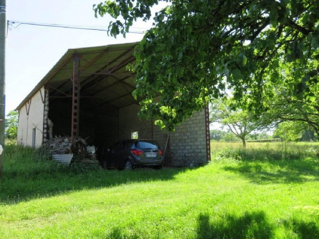 Un ensemble immobilier à vendre proche de St Cyprien ...