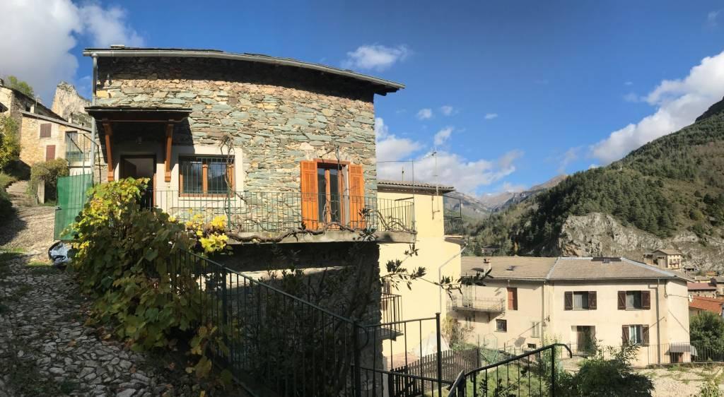TENDE - A vendre magnifique maison de village
