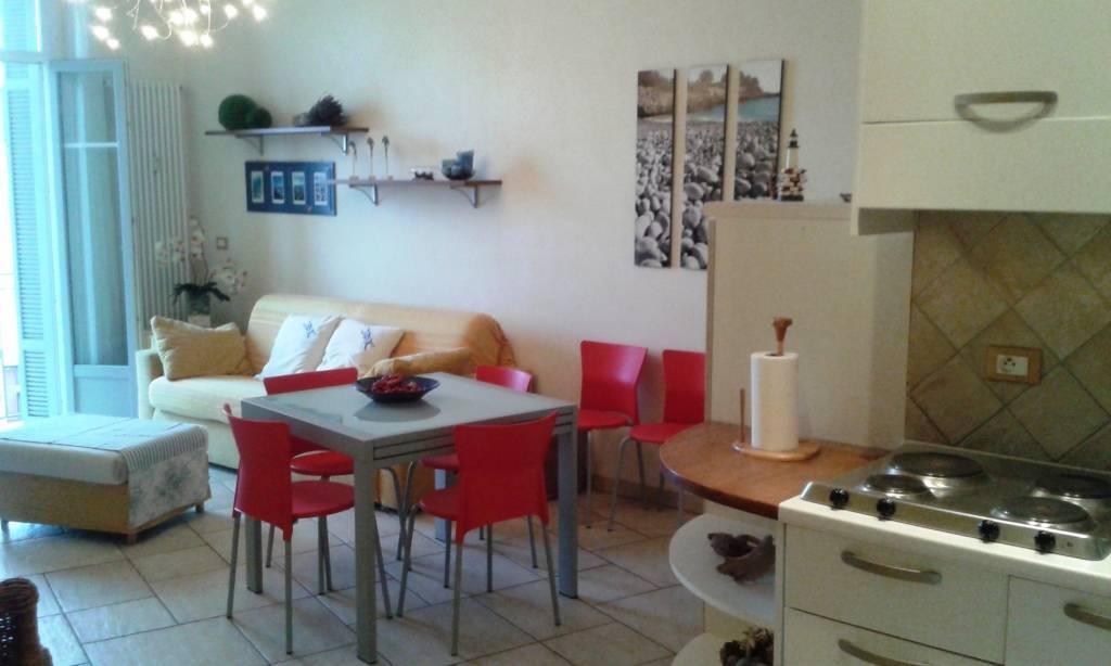 Vente Appartement Menton 2 Pieces 52m² Centre Ville Vue Mer