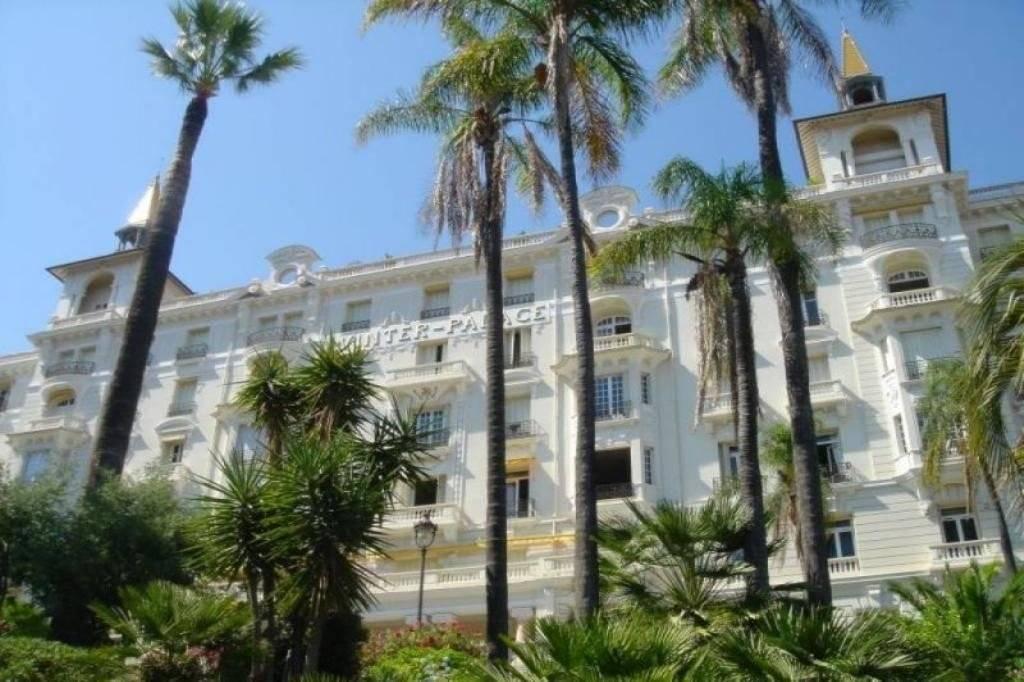 MENTON Ancien Palace Vue Mer