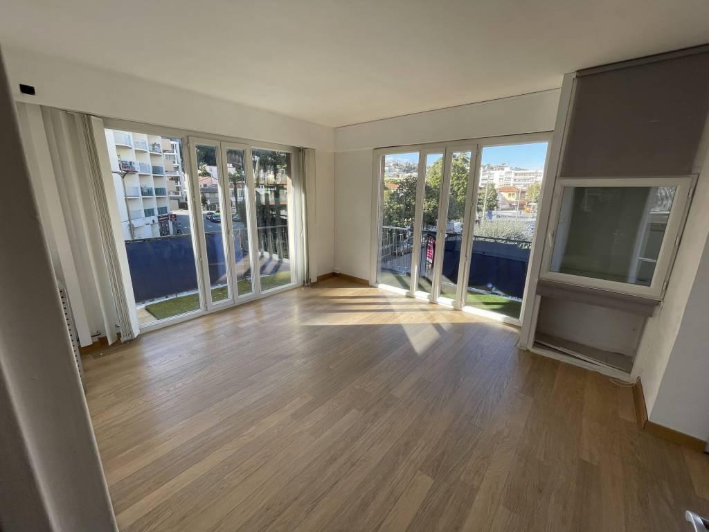 Sale Apartment Saint-Laurent-du-Var Les Vespins