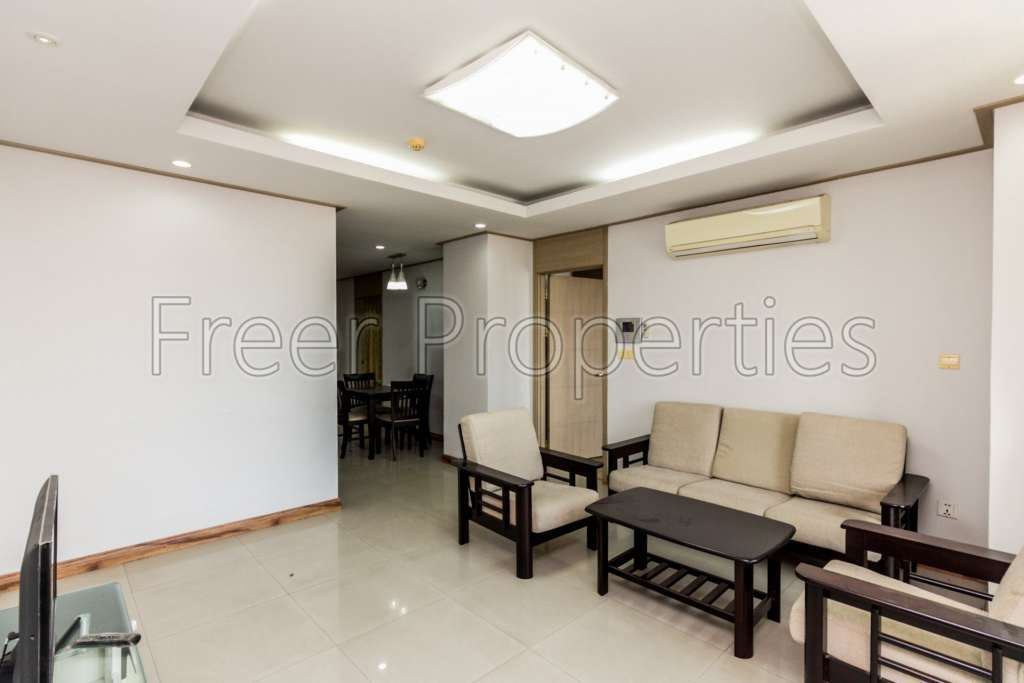 2BR available for rent Toul Kork $700
