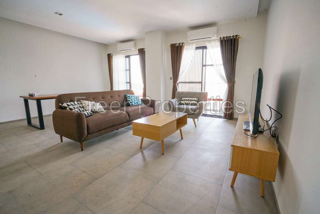 New two-bedroom serviced apartment for rent Sen Sok