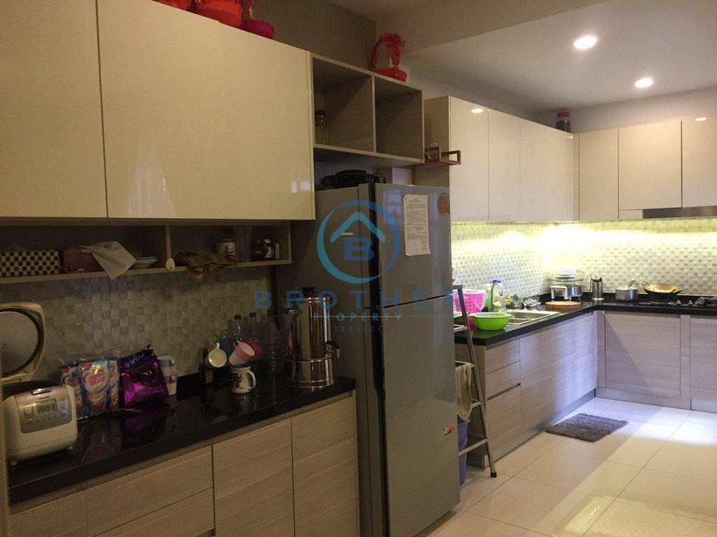 Flat house for Sale at Borey Peng Hout BeungSnor