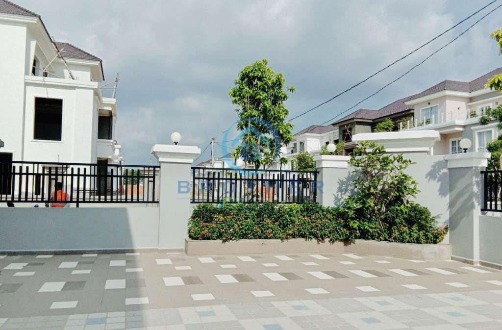 Villa for Sale Mongkol Phnom Penh