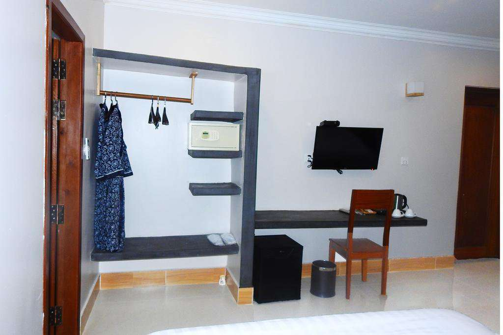 Hotel 23 bedrooms full furnish ID: HR-200