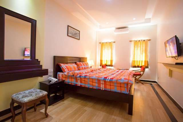 1 bedroom apartment with pool for rent in siem reap $350/month  ID A-110