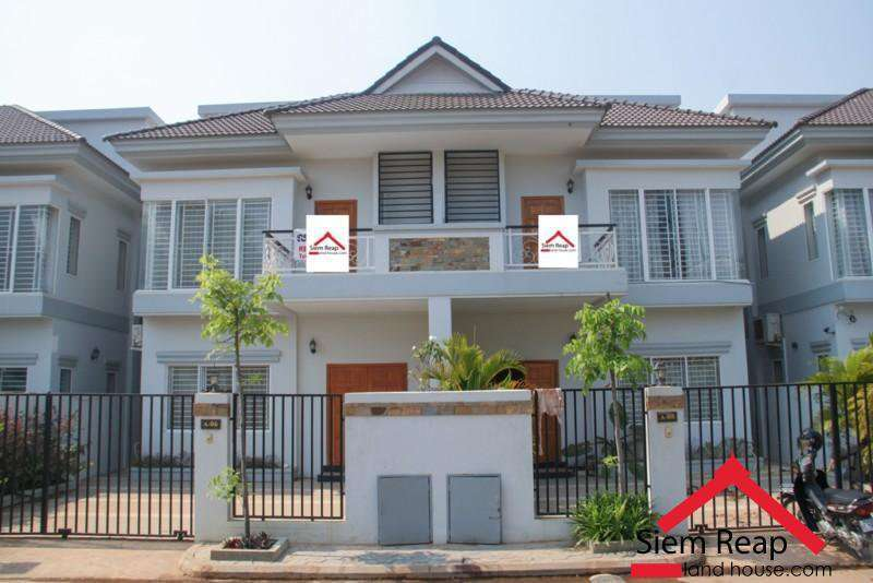 4 bedrooms villa near to Angkor palace hotel for rent ID: HFR-203 $900/m