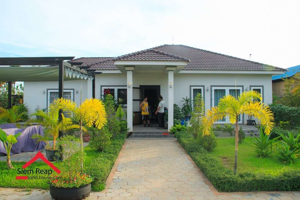 Cozy 4 villa for sale 255K Location Behind BBU school Ref: HFR-181