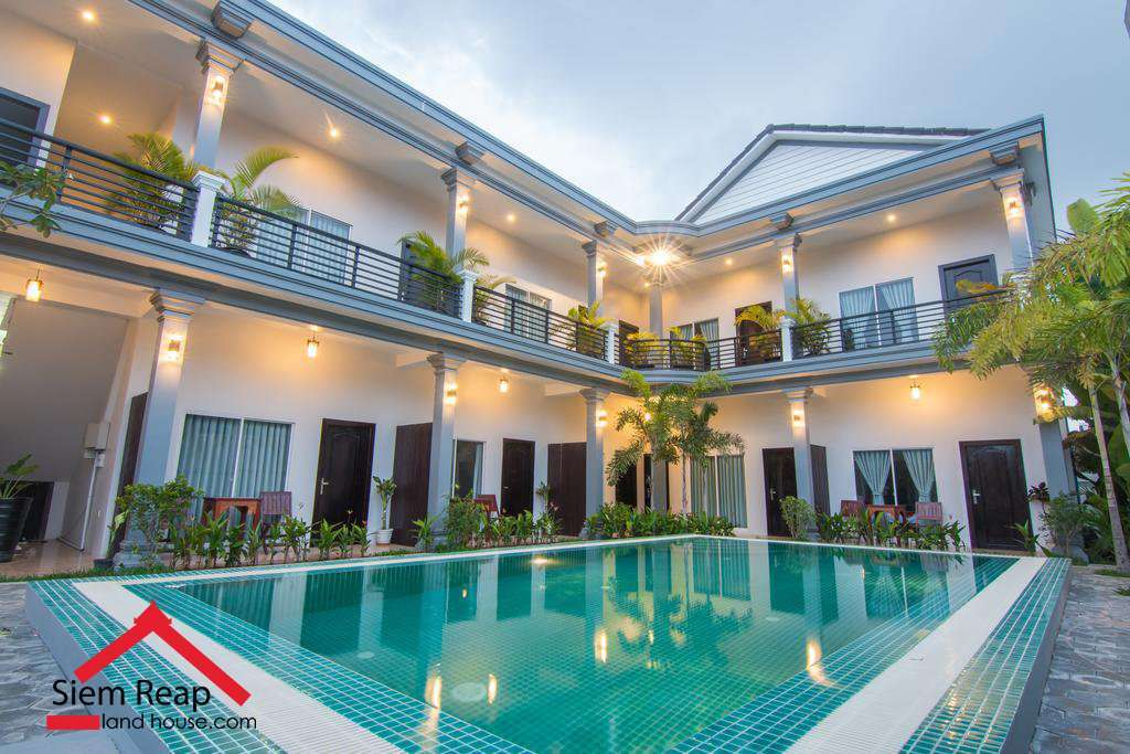 11 bedrooms hotel in siem reap for rent ID: HR-109 $1700 per month negotiate
