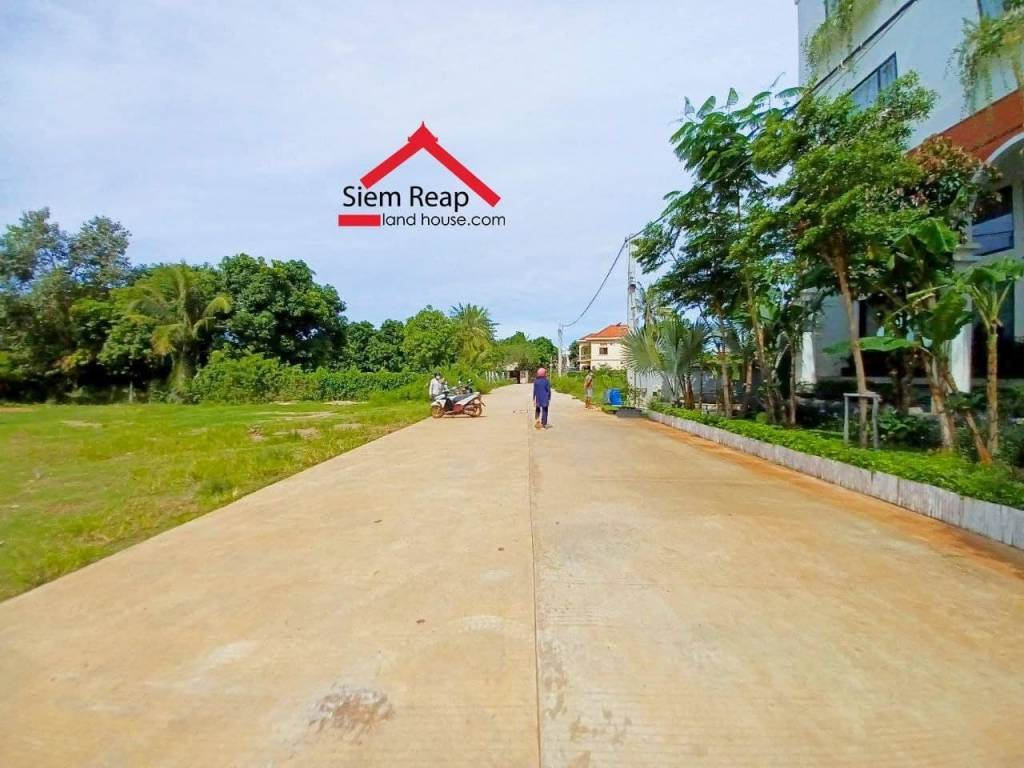 Land in  luxury location for sale
