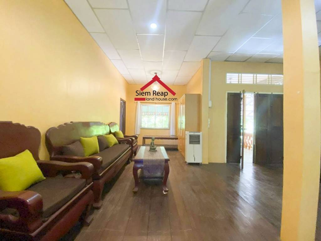 House for rent in second floor