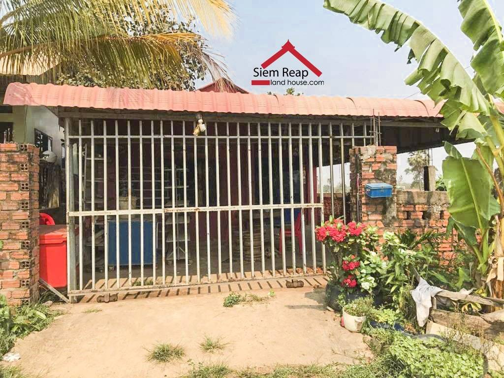 Land and house for sale urgently, below market price $ 55,000
