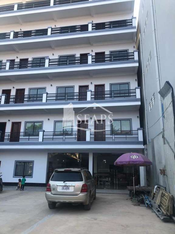 APARTMENT 24 ROOMS FOR SALE IN SIHANOUK VILLE - MITHAPHEAP AREA