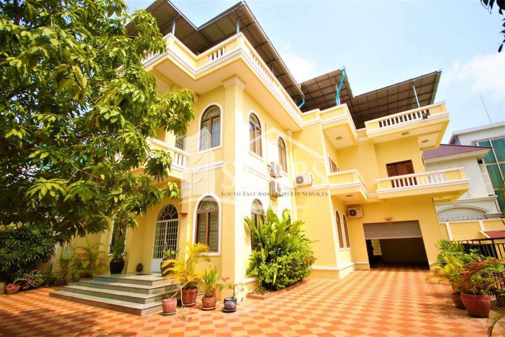 VILLA FOR RENT - PRIVATE POOL - TOUL KORK