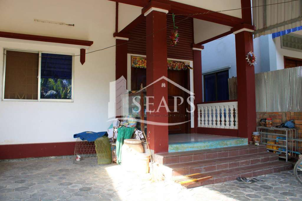 THREE BEDROOM HOUSE - FOR RENT - THNORL KROUS AREA - SIEM REAP