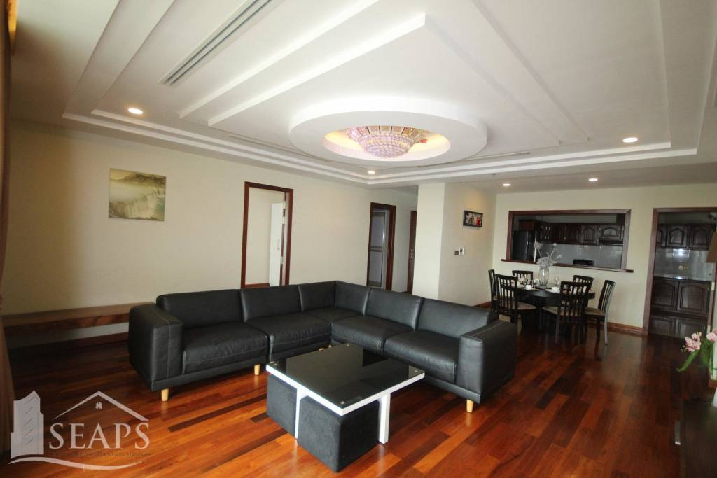 BEAUTIFUL 3 BEDROOMS APARTMENT FOR RENT WITH ROOFTOP SWIMMING POOL