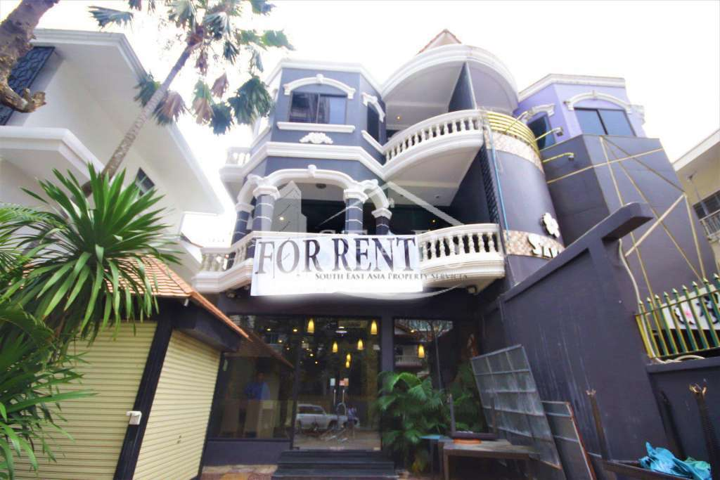 WOW ! SHOP HOUSE FOR RENT READY TO START BUSINESS BKK1