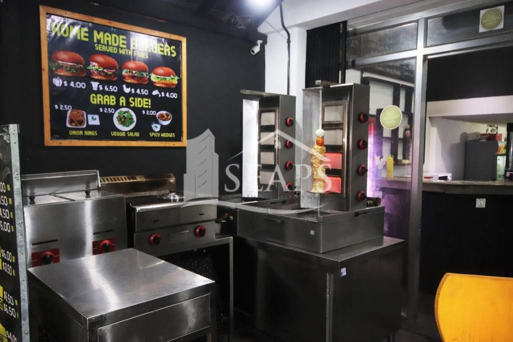 FAST FOOD RESTAURANT/TAKEAWAY - LOW RENT - FOR SALE