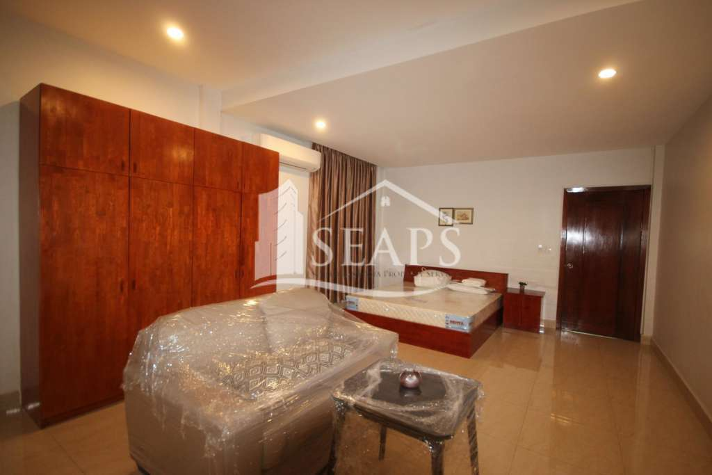 BRAND NEW STUDIO ROOM FOR RENT IN DAUN PENH AREA.