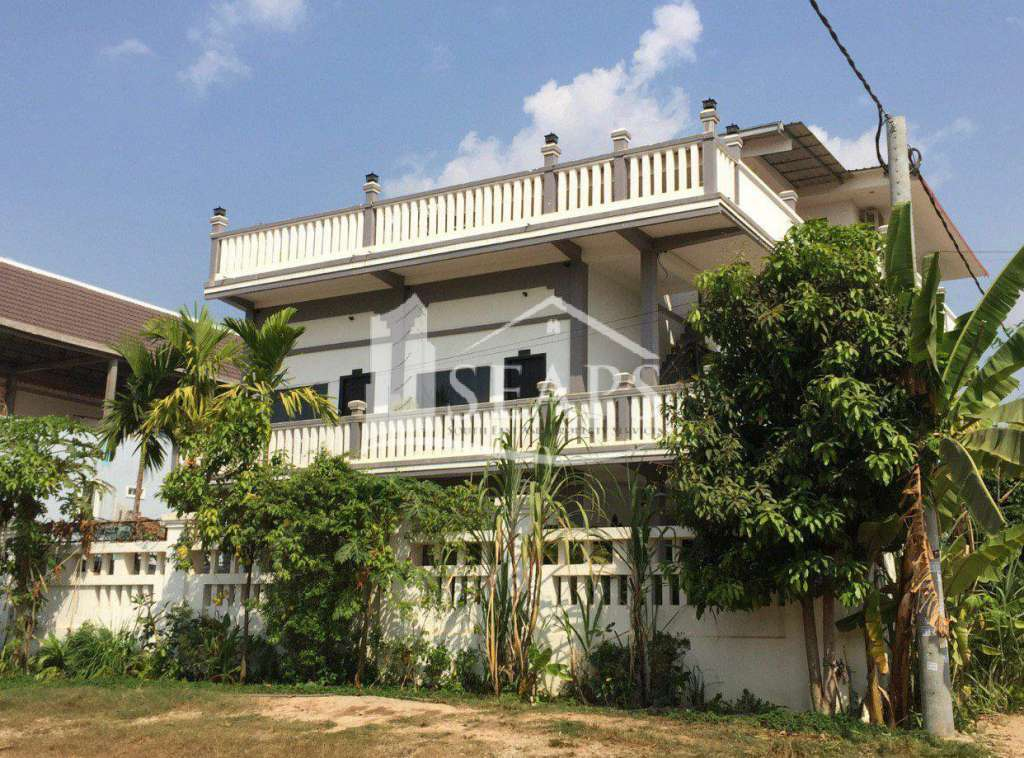 BOUTIQUE HOTEL 12 BEDROOMS - FOR SALE WITH HARD TITLE - SIEM REAP
