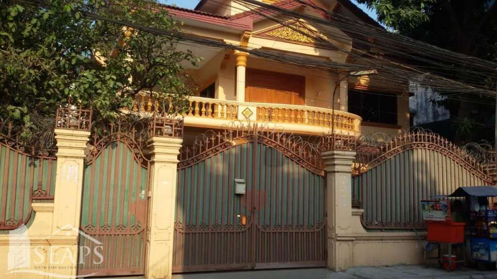 VILLA 5 BEDROOM FOR RENT IN CHAMKAR MON - BKK3