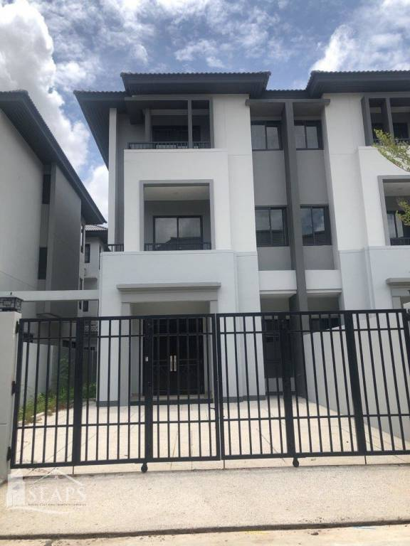 VILLA FOR RENT IN BOREY CHIP MONG