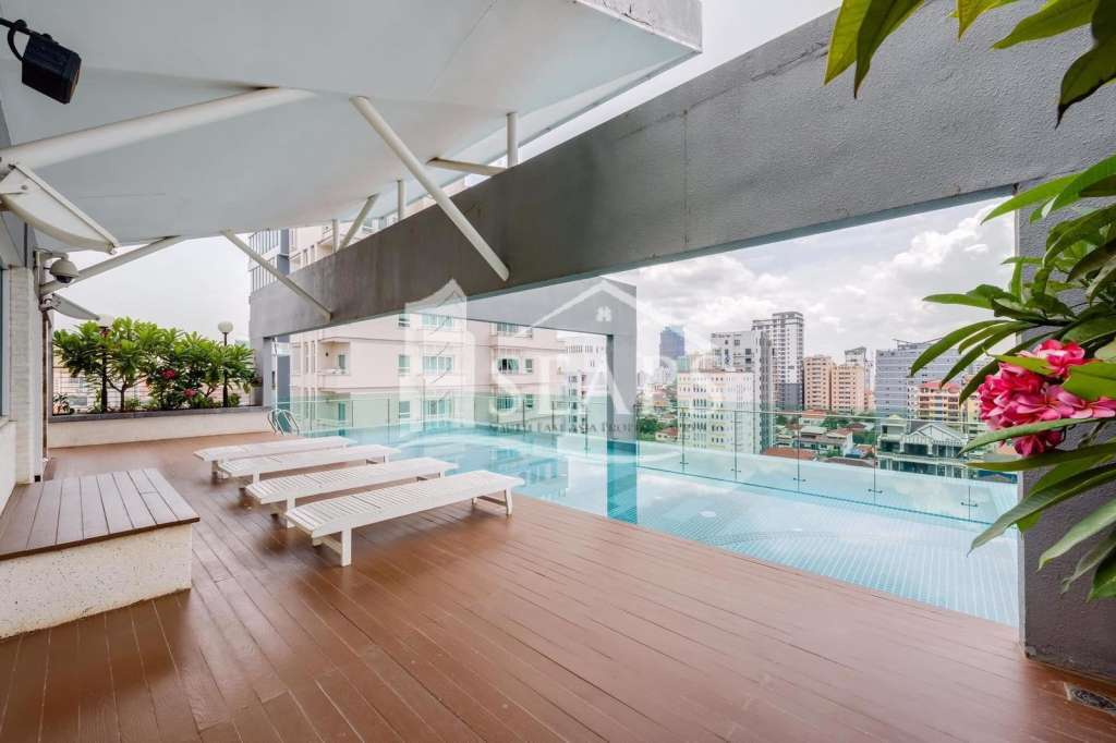 2 BEDROOMS MODERN SERVICES APARTMENT FOR RENT IN BKK1.