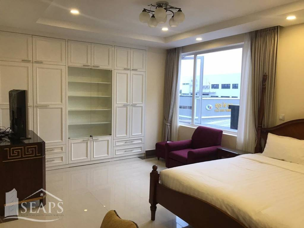 BRAND NEW SERVICE APARTMENT FOR RENT IN BKK1