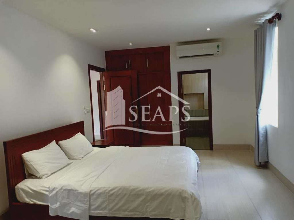 Specious 1 Bedroom Apartment For Rent in Toul Tompong.