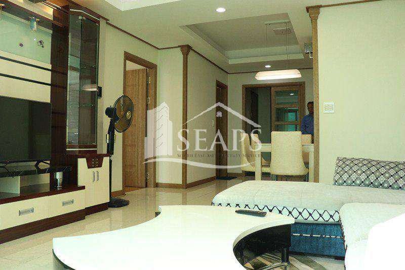SPACIOUS 2 BEDROOM CONDO FOR RENT - BKK1
