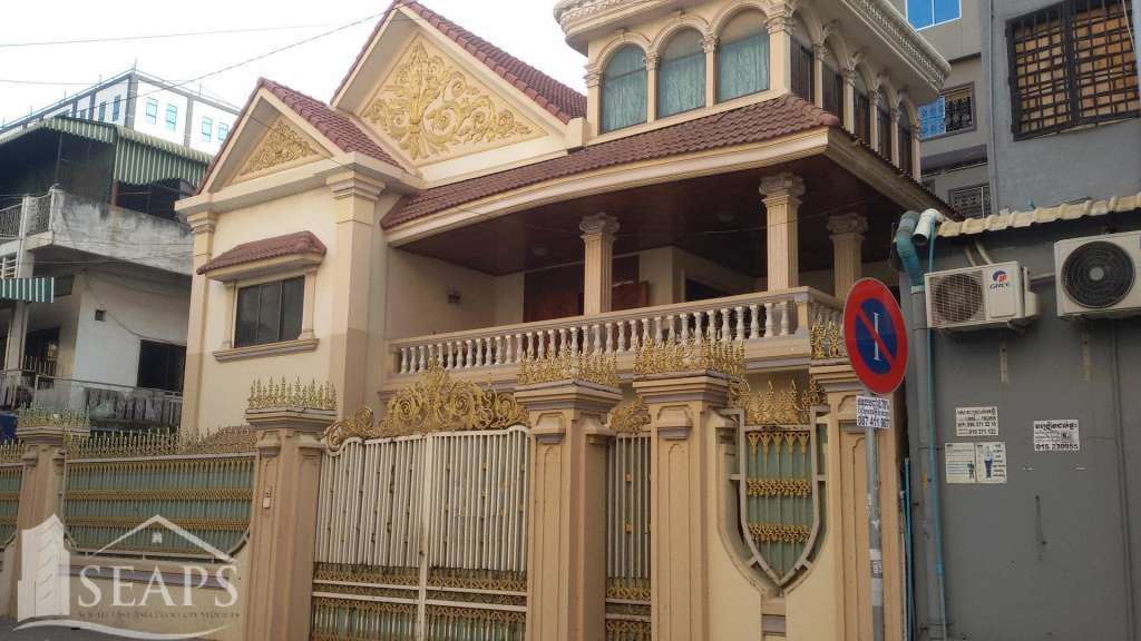 VILLA 7 BEDROOMS FOR RENT IN CHAMKAR MON - BKK3