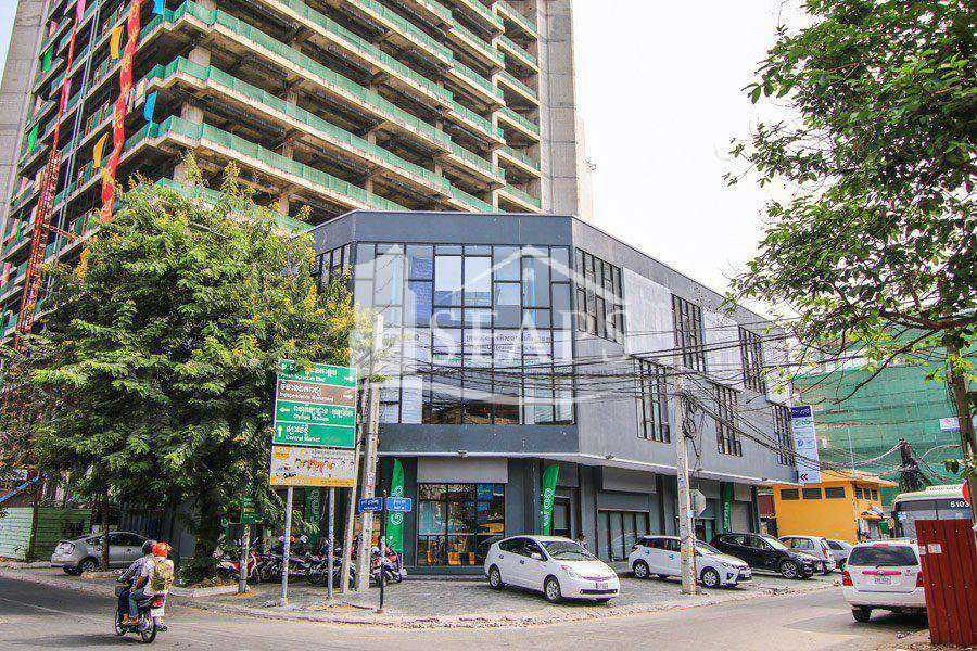 OFFICE SPACE - FOR RENT -  MONIVONG BOULEVARD