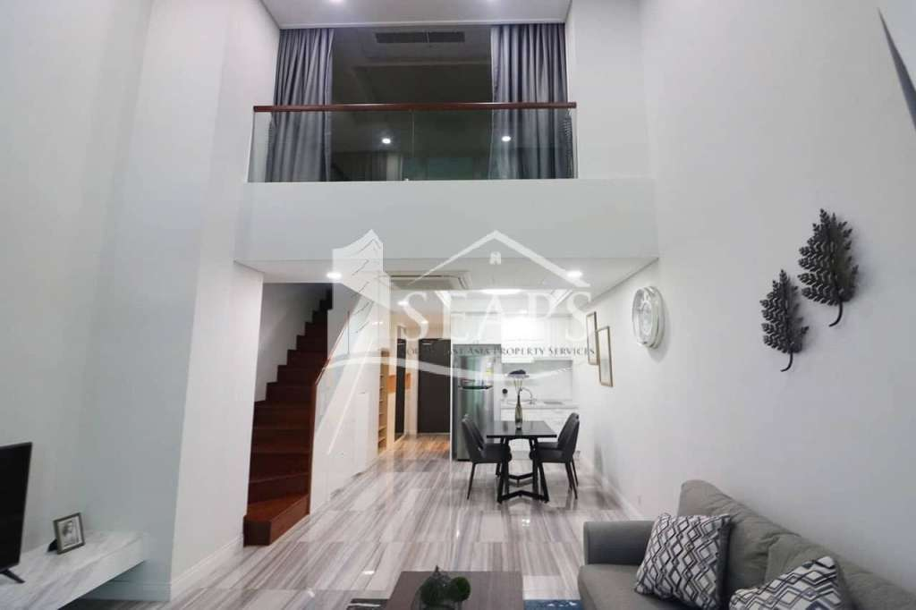 Beautiful Duplex 1 Bedroom Apartment For Rent in BKK1