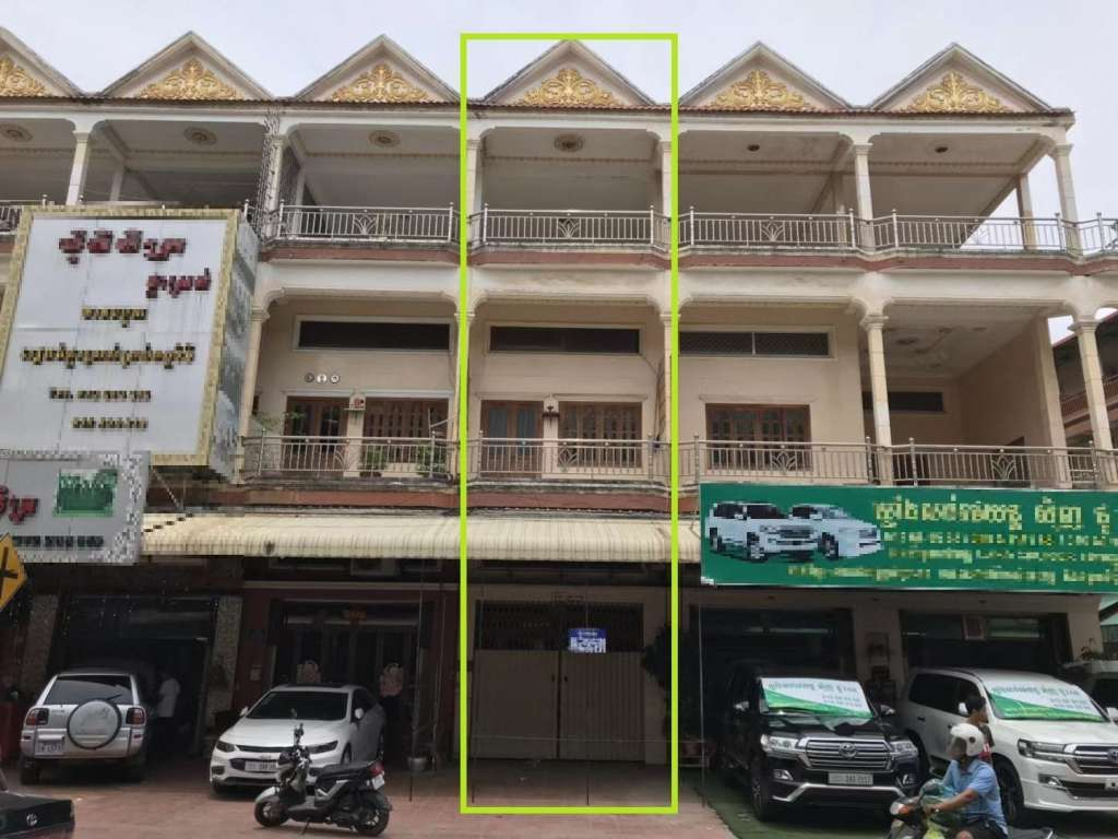 House for Sale - Tuek L'ak Ti Bei, Phnom Penh