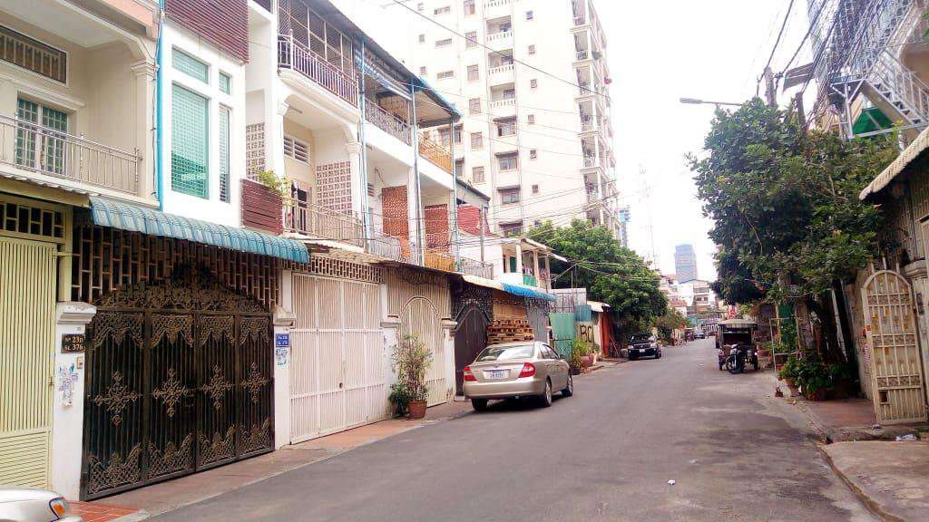 House for sale in Bkk 3