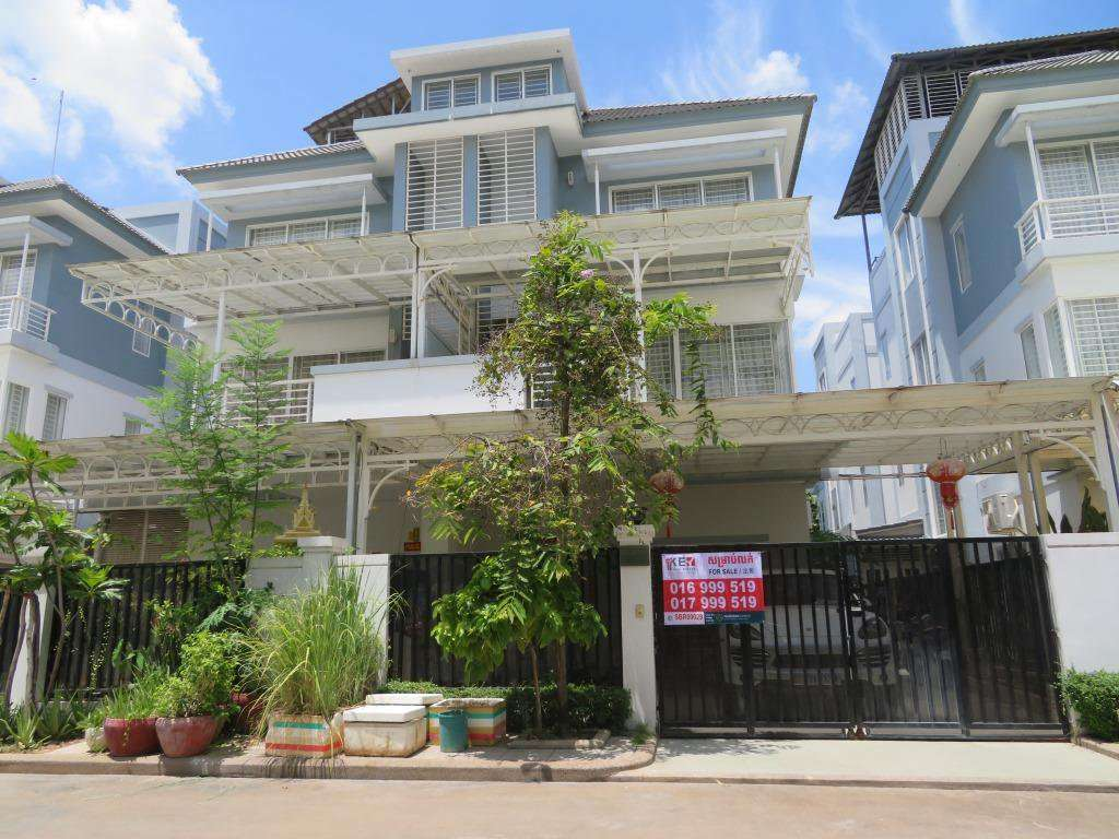 Villa Twin at Borey Peng Huot The Star Quarterty For Sale
