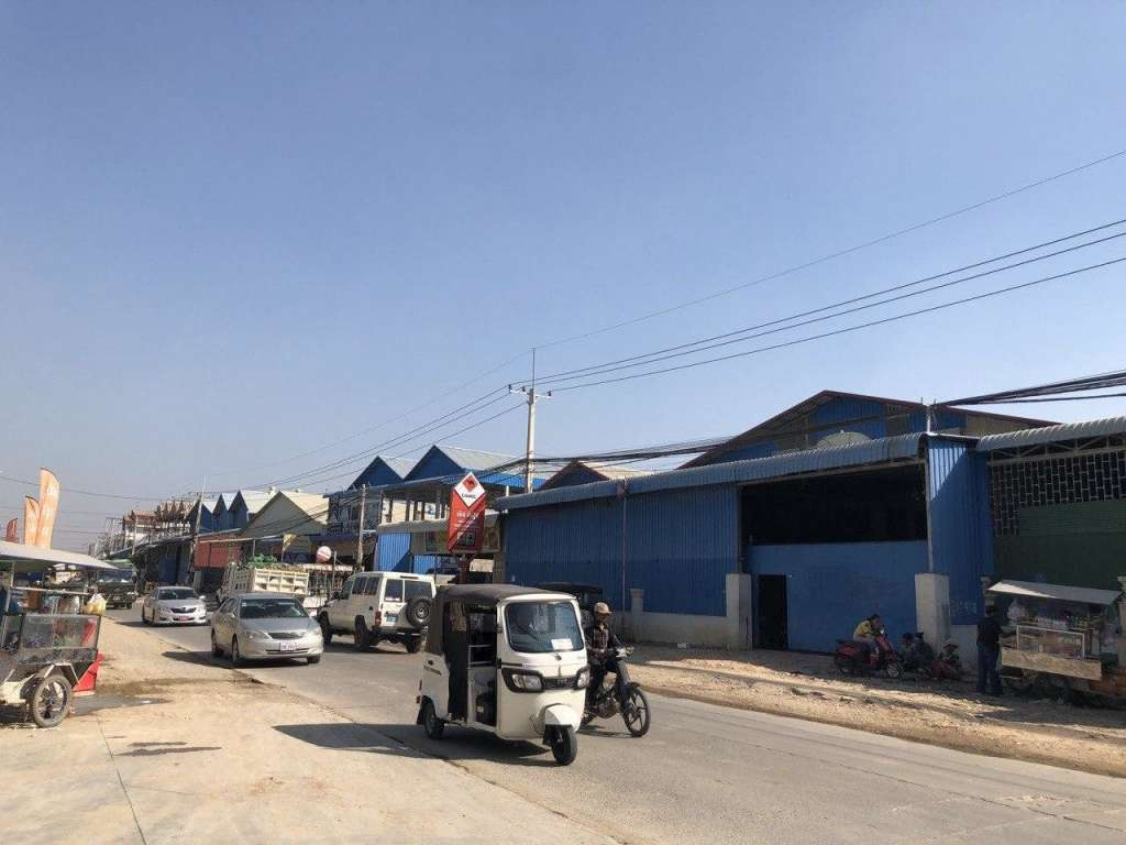 出租 仓库 Sen Sok Krang Thnong