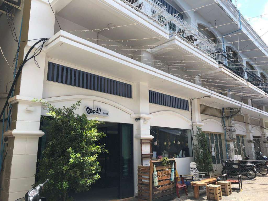 Commercial Flat for Sale close to Night Market in Siem  Reab