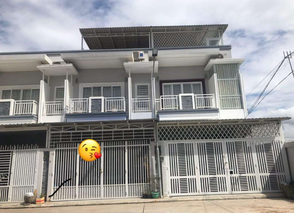 Flat House for Sales