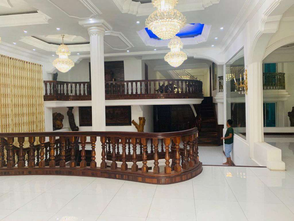 Villa for Sales