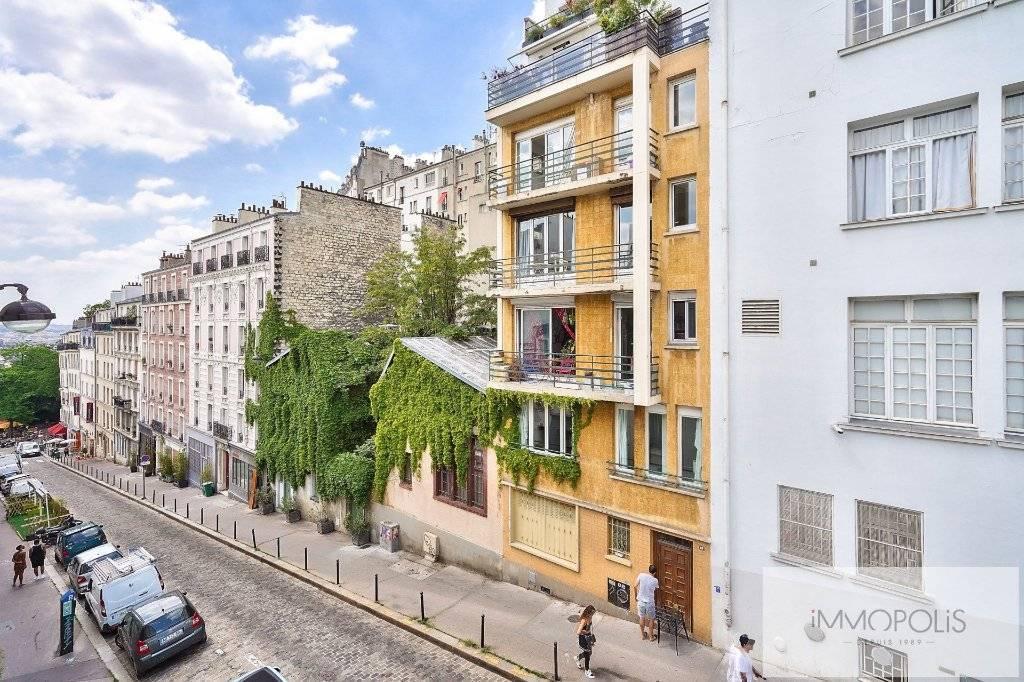 MONTMARTRE- Rue Paul Albert.