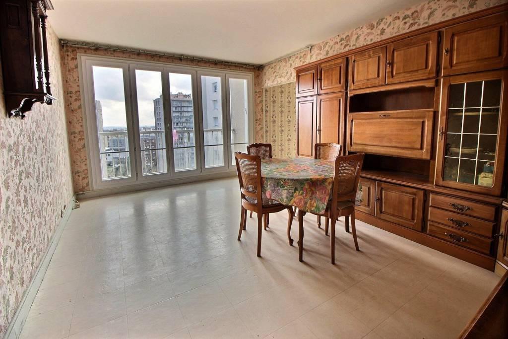 Appartement 100m² avec balcon cave et parking