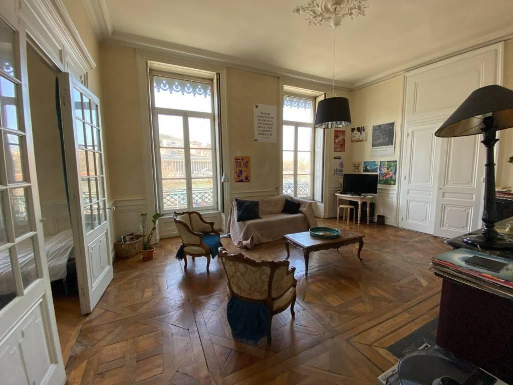 Bel appartement de 6 pièces aux Célestins