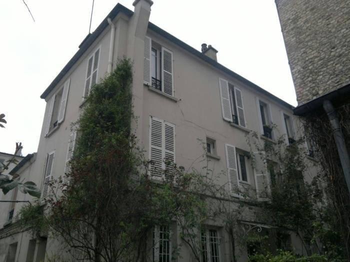 PARIS 11 appartement à rafraîchir  de 2 pièces,  .