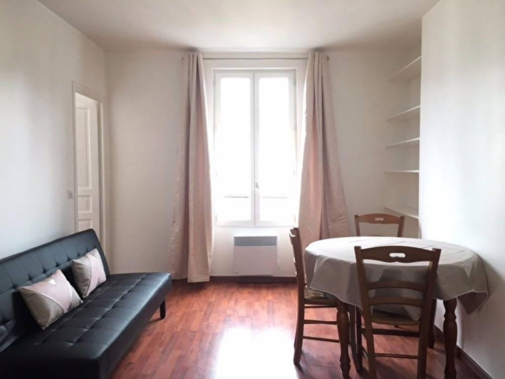 Appartement PARIS 18 - 2 pièces meublé - 35 m2
