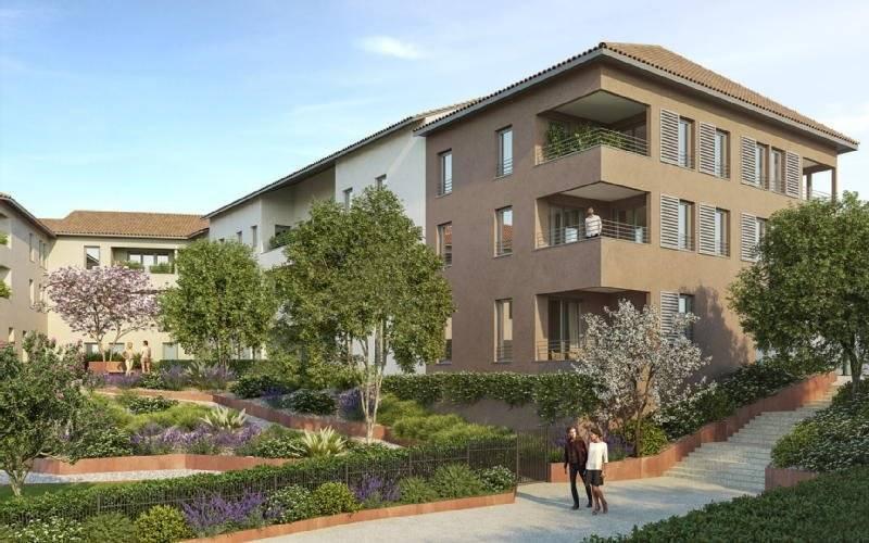 4 pieces avec balcon et 2 garages