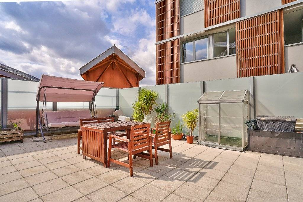 TERRASSE 48 M² - 4 CHAMBRES - LUMINEUX